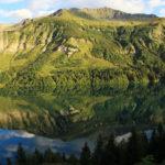 Lac de Roselend, massif du Beaufortain (Savoie, FR)